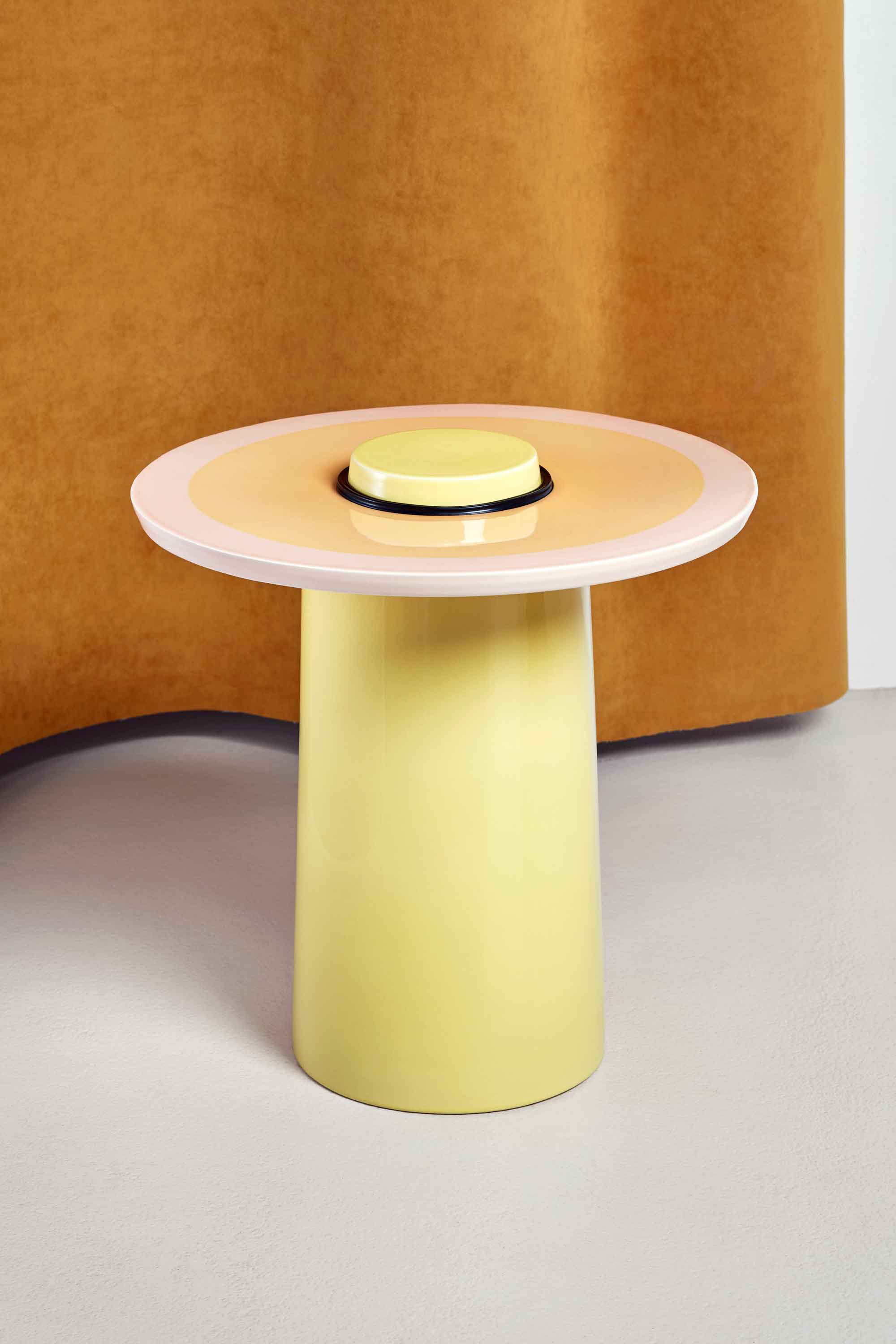 TableTop_yellow